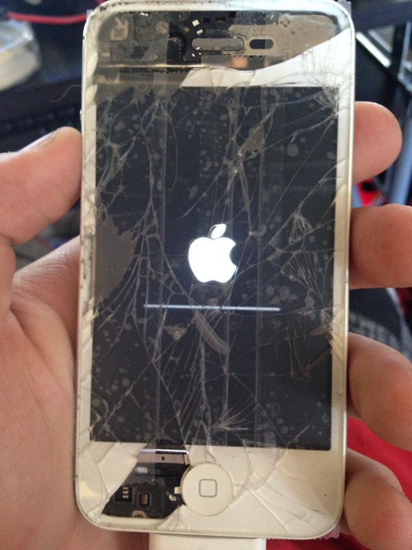 HERE IS THE BROKEN IPHONE 4STHIS PHONE HAD SO MUCH WRONG WITH IT THAT I THINK TOOK ME ALMOST A MONTH AND HALF TO REPAIR